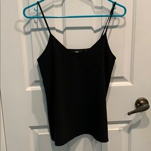 black tank top uniqlo